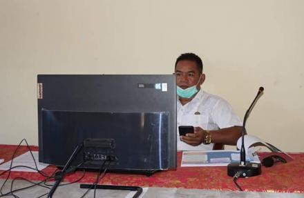 Perbekel Bengkala mengikuti Rapat Akbar Dana Desa Tahun 2020  Lingkup Kabupaten Buleleng melalui Apl