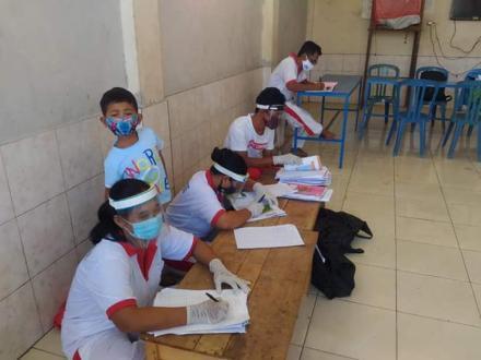 kegiatan rutin Posyandu Balita bertempat di Balai Banjar Dinas Kajanan,  Posyandu Mawar