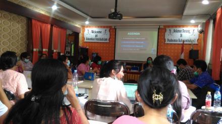 Bidan Desa Hadiri Mini Loka Karya Puskesmas Kubutambahan 1