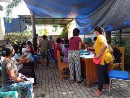 Penyuntikan Vaksin Covid-19 tahap Pertama Untuk Masyarakat Desa Bengkala
